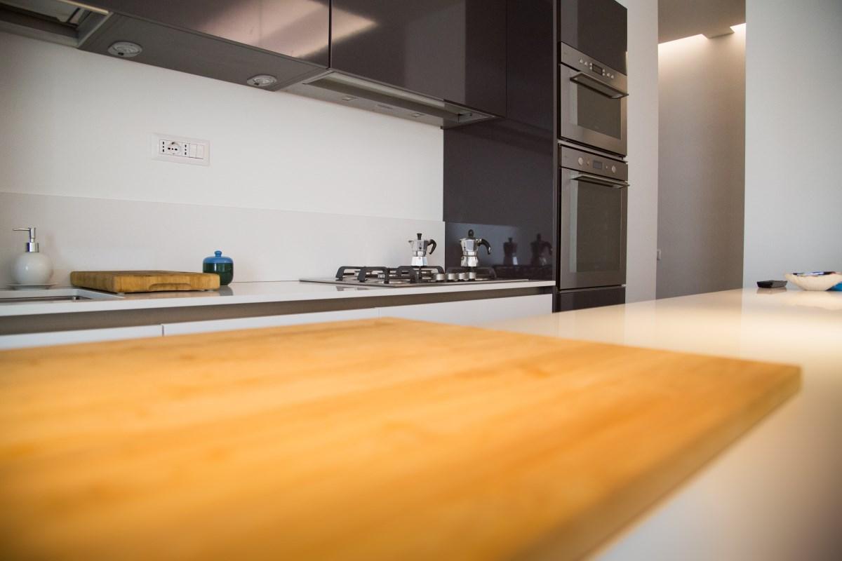 Ristrutturazione completa appartamento in via Aurispa. Realizzazione Nuova Edil Srl